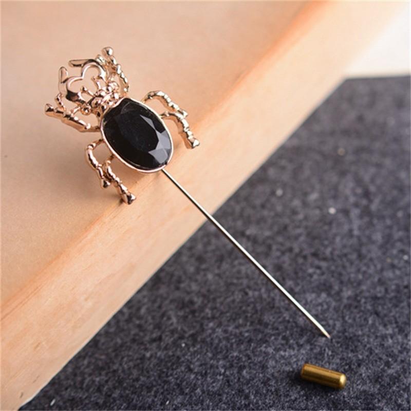 Black Beatle Golden Pin